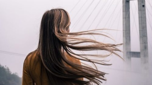逆さまつ毛の原因